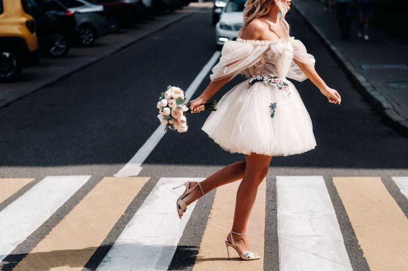 rovid menyasszonyi ruha